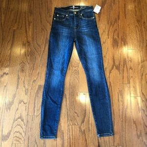 NEW 7 For All Mankind Gwenevere skinny jeans